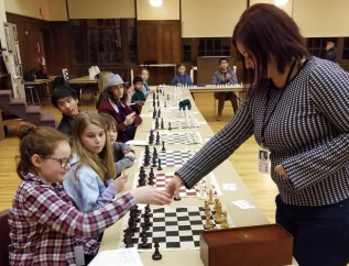 Chess-GM-Simul-Match